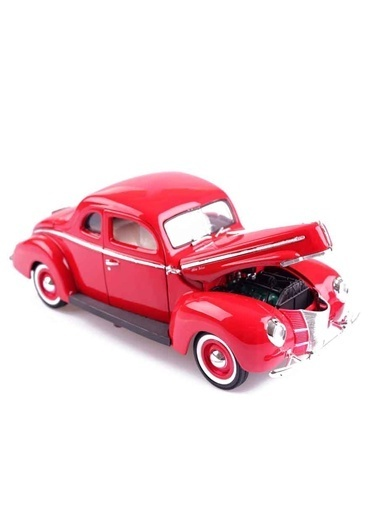 1940 FORD Deluxe 1/18 -Motor Max